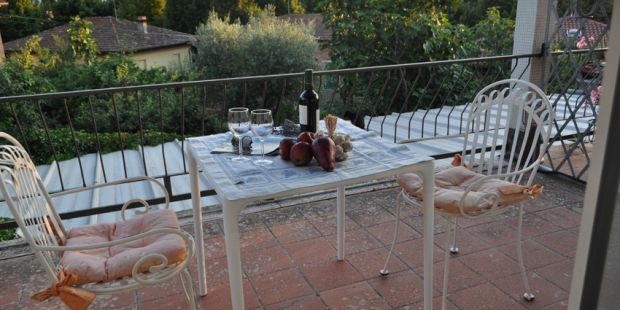 Panoramic terrace in southern Tuscany at Casa Brogi