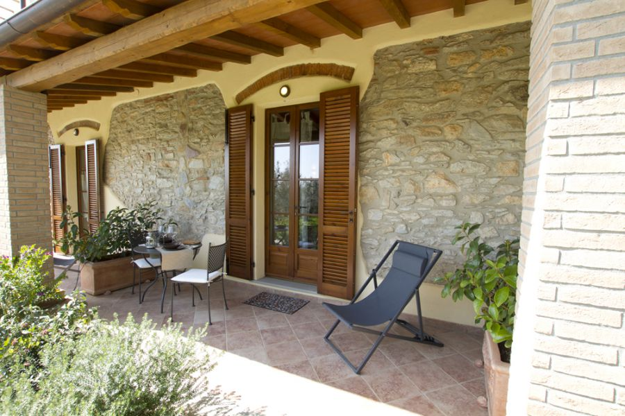 Il bottaccio casa vacanze a venturina terme costa degli for Case moderne di campagna