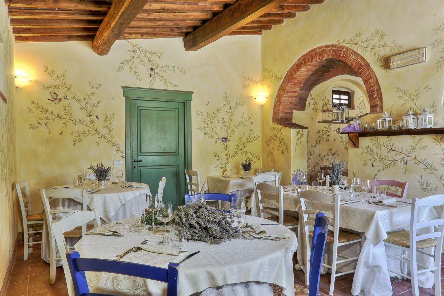 Taverna di bibbiano colle di val d 39 elsa agriturismo romantico a due passi da san gimignano - Taverna di casa ...