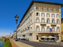 Grand Hotel near Ognissanti in Florence