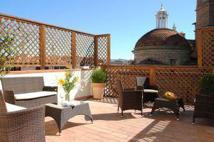 Palazzo La Medicea - Click for more details