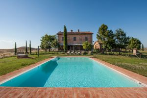 San Giovanni in Poggio - Click for more details