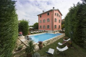 Villa Alba - Click for more details