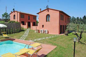 Villa I Leoni - Click for more details