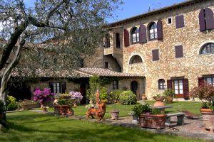 Villa Le Torri - Click for more details